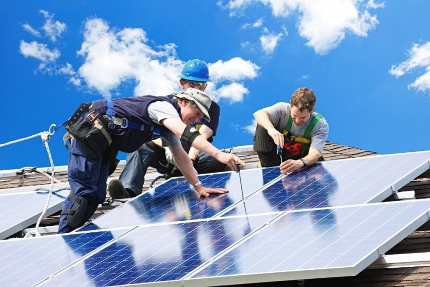 Top Tips For Making Your Roof More Environmentally Friendly